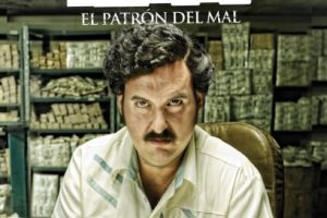Esta fascinante serie narra la vida del infame Pablo Escobar, desde sus días como ratero hasta convertirse en el jefe de un imperio del narcotráfico. Foto:vía Netflix. Imagen Por: