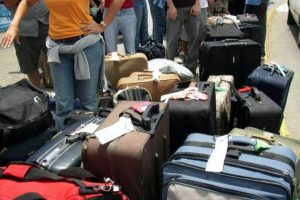 Mulas. Personas que cargan mochilas con 25 kilos de marihuana por el desierto Foto:Vía Flickr. Imagen Por: