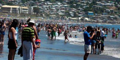 Coquimbo: hombre fallece tras ser arrastrado por las olas en playa La Herradura