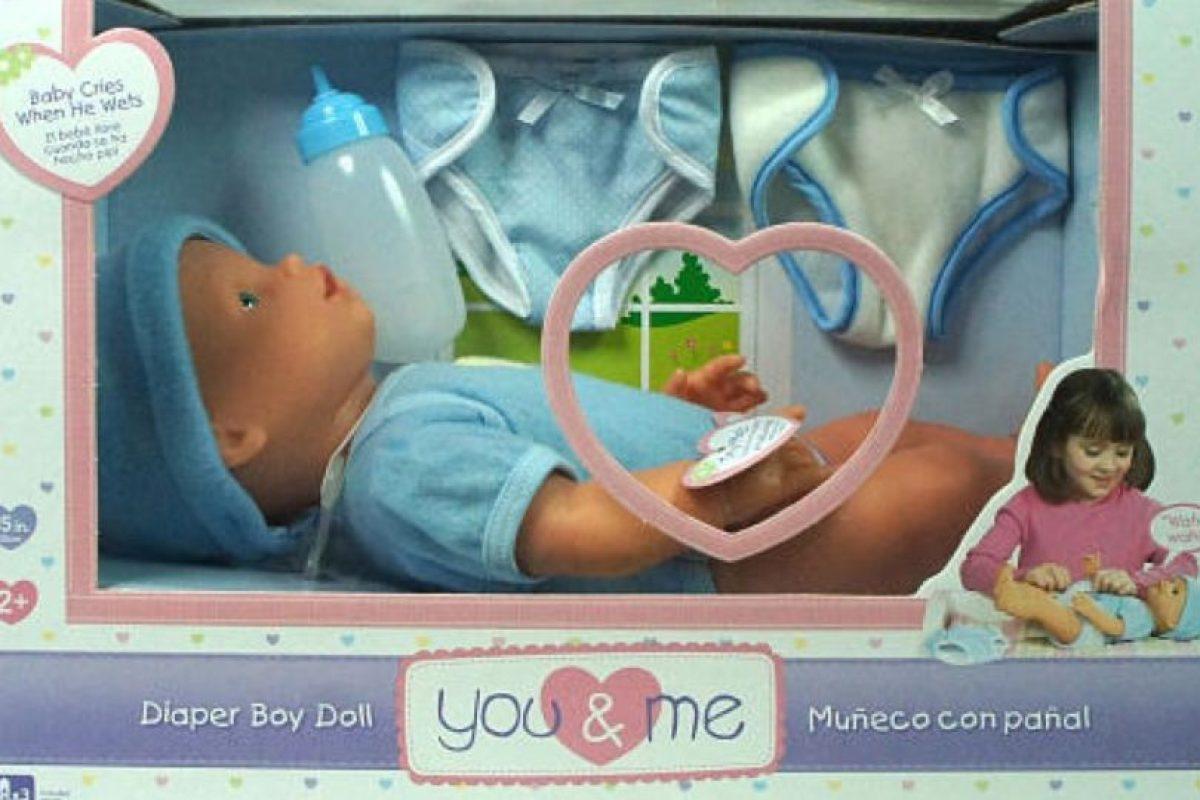 """El muñeco comercializado por la compañía """"Toys R Us"""" causó controversia debido a que su diseño era anatómicamente correcto, pues contaba con genitales. Foto:Vía toysrus.com. Imagen Por:"""