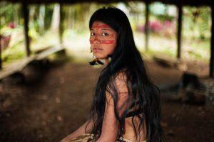 Mujer Kichwa, en la selva amazónica de Ecuador Foto:The Atlas of Beauty / Mihaela Noroc. Imagen Por: