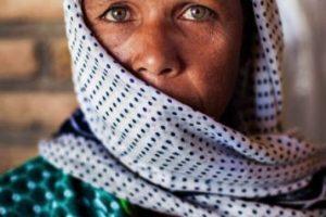 Mujer de Uzbekistan Foto:The Atlas of Beauty / Mihaela Noroc. Imagen Por: