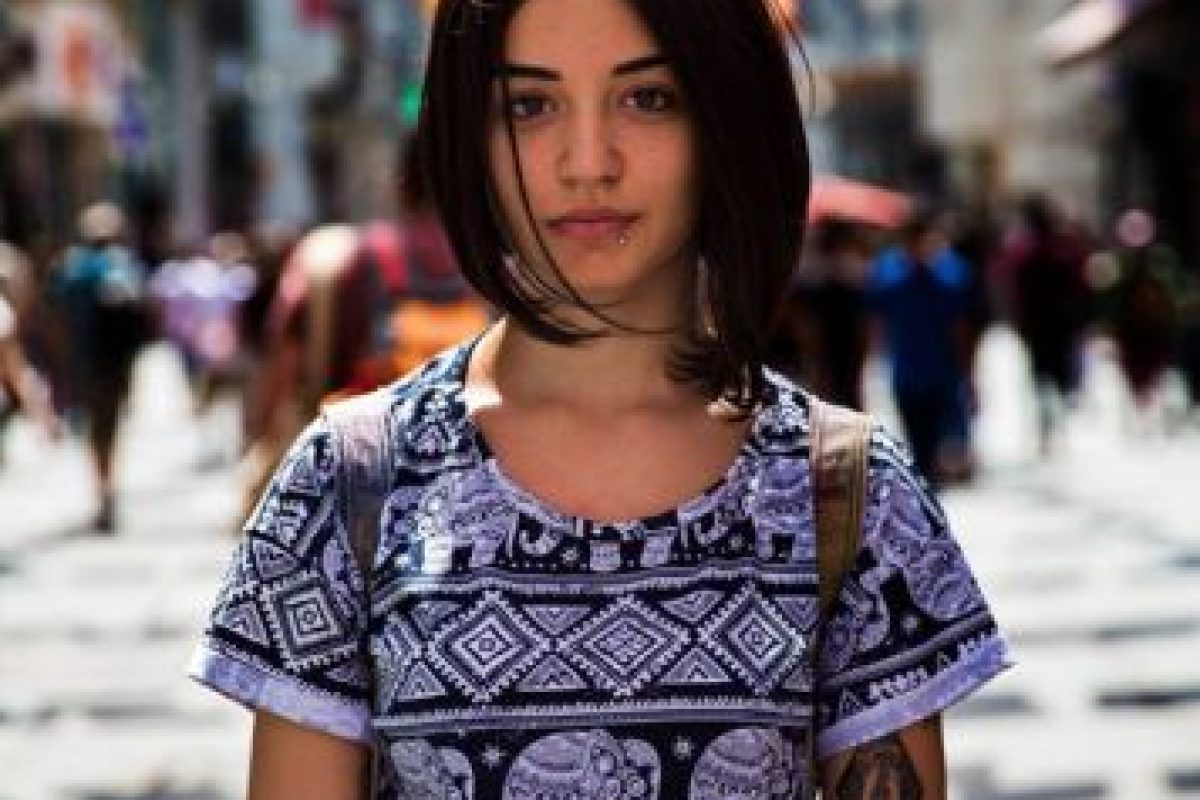 Mujer en Estambul Foto:The Atlas of Beauty / Mihaela Noroc. Imagen Por: