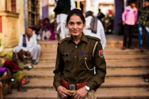 Mujer en Pushkar, India. Foto:The Atlas of Beauty / Mihaela Noroc. Imagen Por: