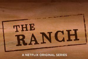 """Ashton Kutcher da vida a """"Colt"""", quien se encarga del rancho familiar después de una carrera fallida en el fútbol semiprofesional. Foto:Netflix. Imagen Por:"""