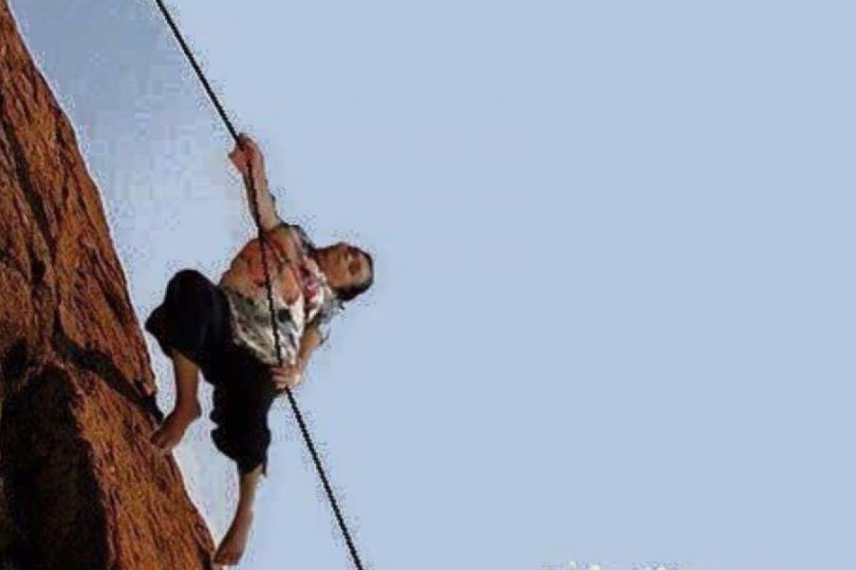 Escalando montañas Foto:Vía Facebook. Imagen Por: