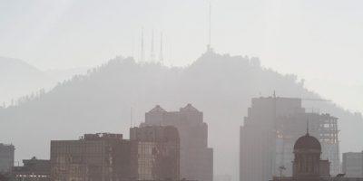 Claudio Orrego descarta que la nube de humo provoque riesgo a las personas