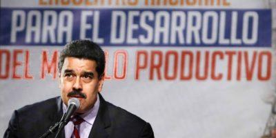 Maduro espera ayuda de Parlamento venezolano para enfrentar crisis económica