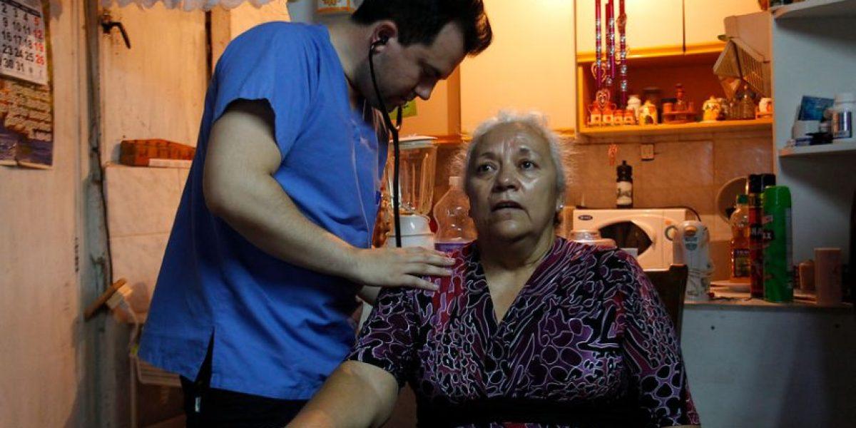 Operativo médico visita a los vecinos del vertedero Santa Marta