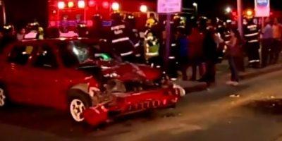 Iban a una emergencia: colisión múltiple deja tres Bomberos lesionados