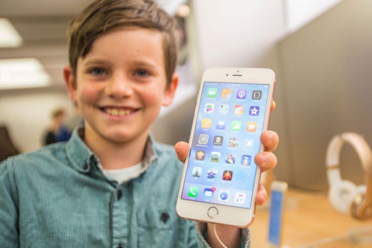 iPhone 6s Plus (2015). Foto:Getty Images. Imagen Por: