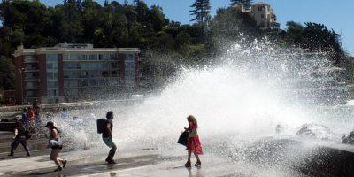 Armada alerta olas de hasta cinco metros en el litoral central este fin de semana