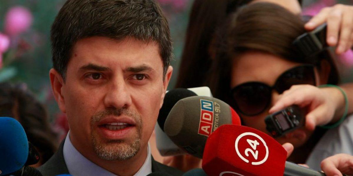 Gobierno descarta remover a Cristián Riquelme tras recomendación de la Cámara