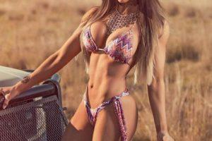 Una de las modelos fitness brasileñas con más popularidad Foto:Vía instagram.com/carolsaraivafitness. Imagen Por:
