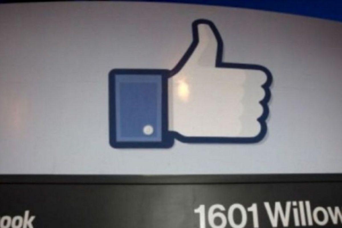 A continuación, en la barra de dirección de Facebook escriban: https://www.facebook.com/(nombre de su novi@)?and=(nombre de la otra persona) y den clic en ENTER. Foto:vía Getty Images. Imagen Por: