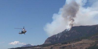 Incendio forestal en Cerro Divisadero de Coyhaique ya consume 63 hectáreas