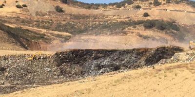 Tribunal Ambiental cierra por 15 días relleno Santa Marta e incendio está
