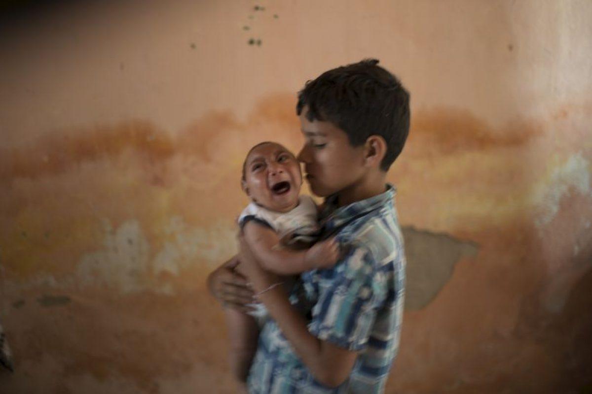 Teniendo en cuenta que una de cada 1000 mujeres embarazadas con Zika pueden tener un niño con alteraciones neurológicas, el gobierno recomendo tratar de aplazar sus intenciones de gestación. Foto:AP. Imagen Por:
