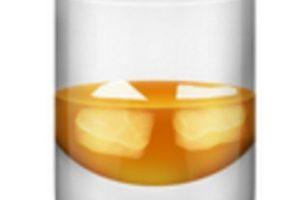 Vaso con hielos y whisky. Foto:vía emojipedia.org. Imagen Por:
