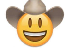 Cara sonriente con sombrero. Foto:vía emojipedia.org. Imagen Por: