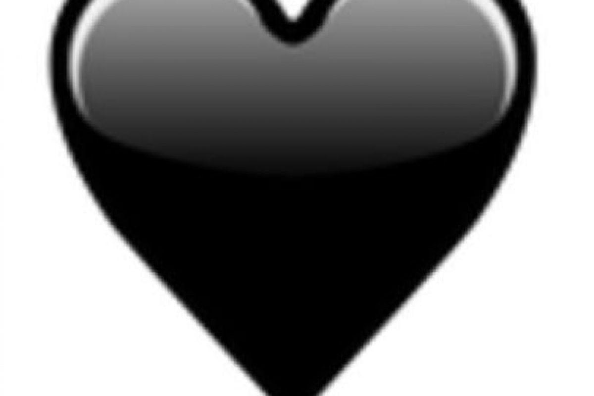 Corazón negro. Foto:vía emojipedia.org. Imagen Por: