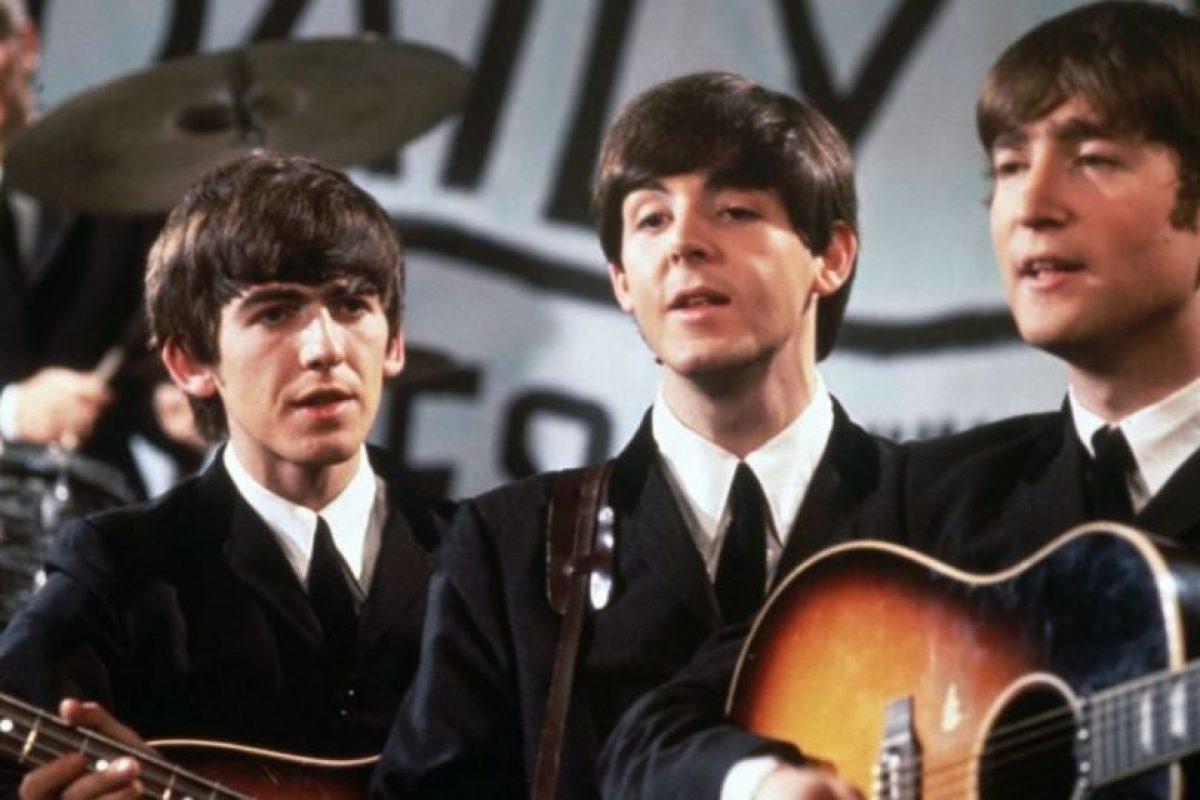 1. La última vez que John Lennon y Paul McCartney tocaron juntos fue en 1974, en una jam session con Harry Nilsson y Steve Wonder. Foto:Getty Images. Imagen Por: