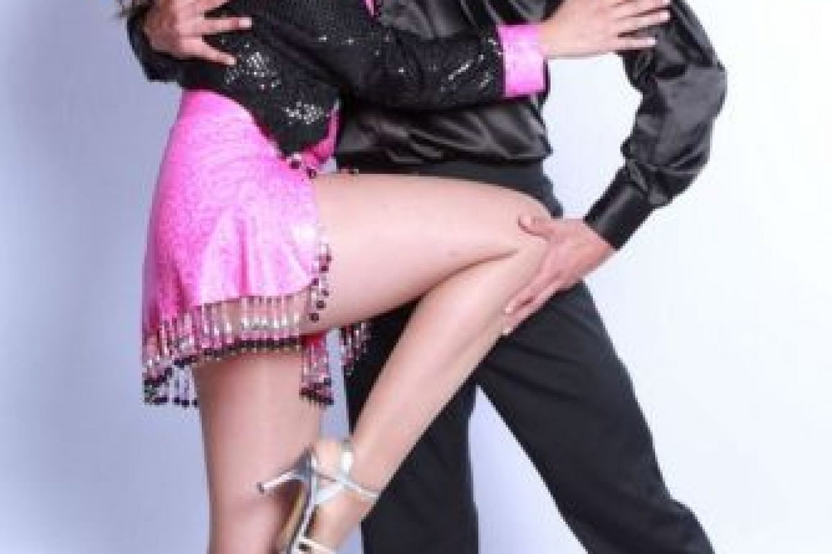Su pareja de baile se llama Diego. Foto:Vía canalrcn.com. Imagen Por: