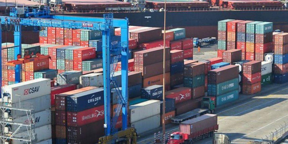 Bolivia anuncia acciones para recuperar libre tránsito en puerto de Antofagasta