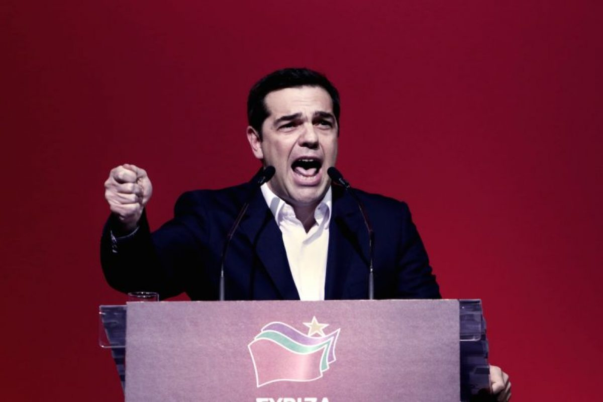 Alexis Tsipras, primer ministro griego, durante su discurso. Foto:AFP. Imagen Por:
