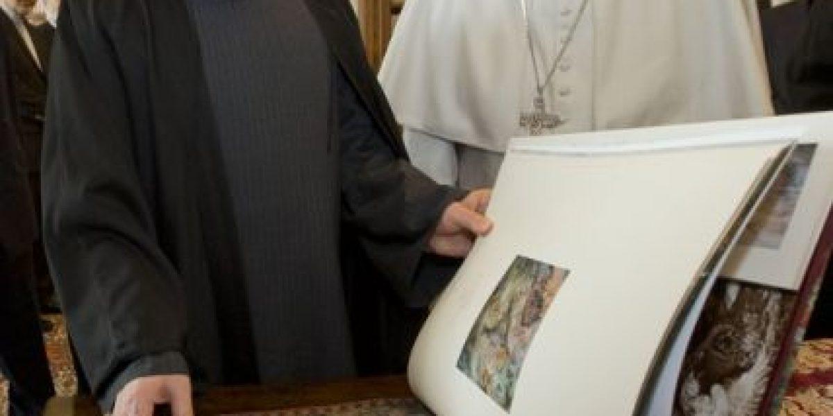 Papa pide a Irán que promueva