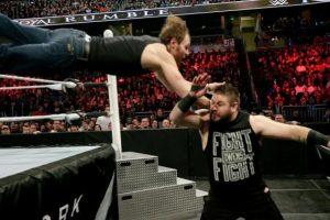 """El """"Lúnático"""" es el Campeón Intercontinental Foto:WWE. Imagen Por:"""