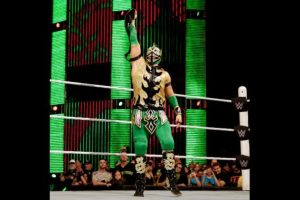 Kalisto Foto:WWE. Imagen Por: