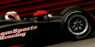Expiloto de la Fórmula 1 inventa el cibersexo en tercera dimensión