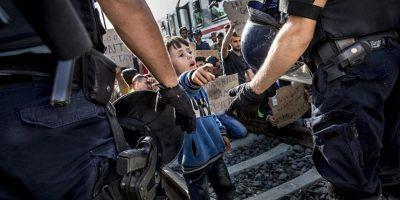 Miedo a atentados y refugiados causa retroceso de derechos humanos en Europa