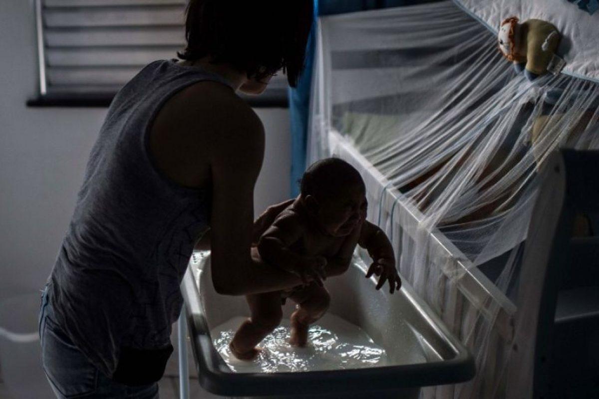 El virus, que se transmite por la picadura de mosquitos, se ha extendido a más de 20 países de la región. Foto:AFP. Imagen Por:
