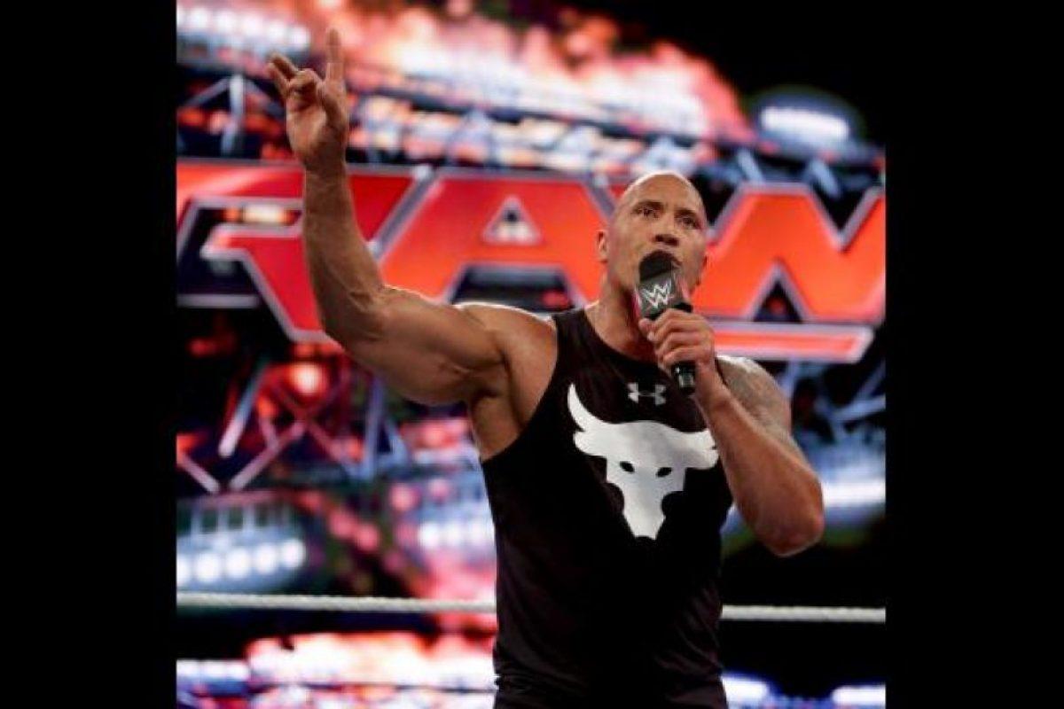 La Roca Foto:WWE. Imagen Por:
