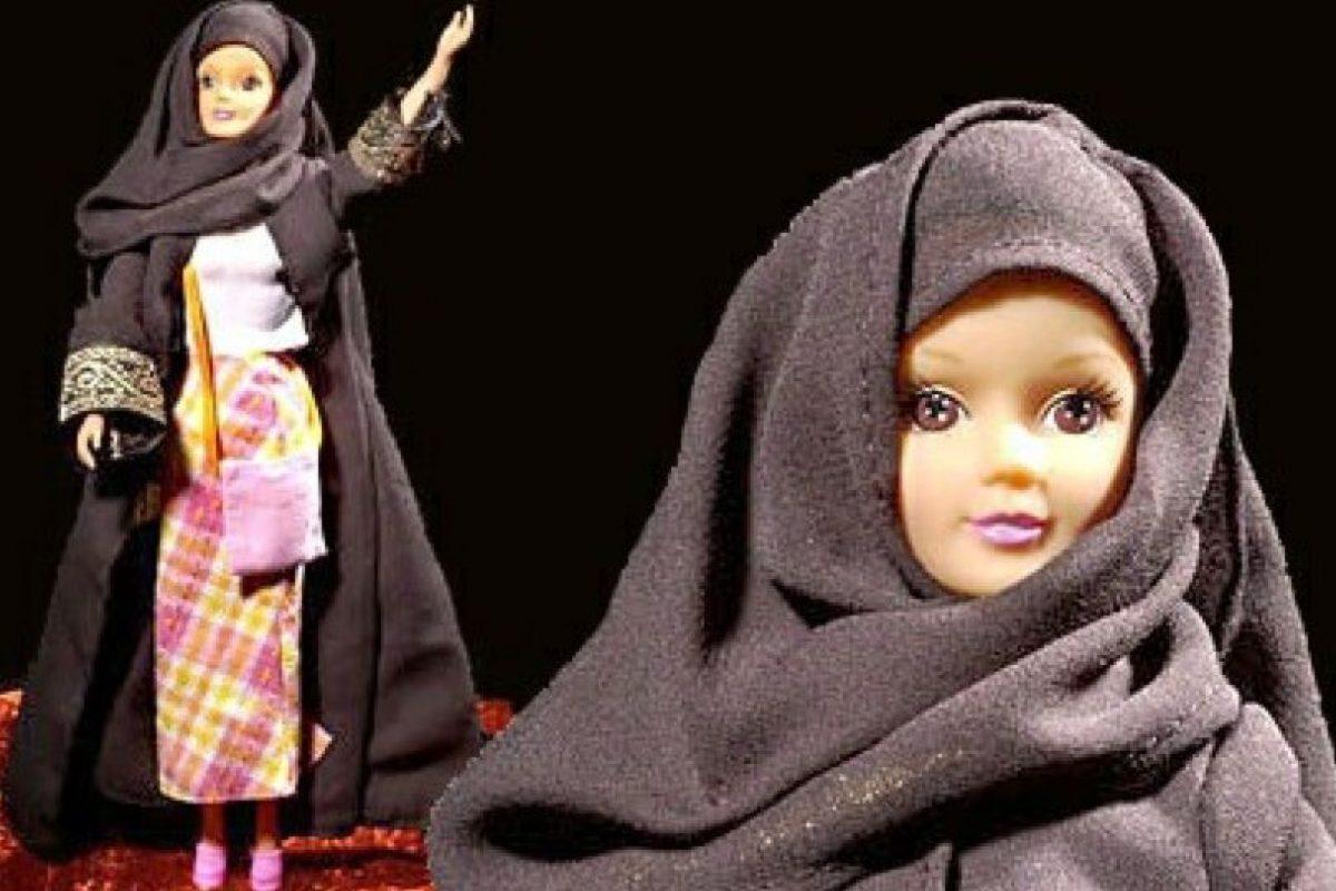 Fulla es la Barbie musulmana. Se creó en 2003. Viene en formato tradicional y con hijab menos ortodoxo para países liberales. Foto:Fulla. Imagen Por:
