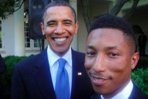 El mandatario tiene un gran álbum de fotografías con músicos como Pharrell Williams. Foto:Vía Twitter. Imagen Por: