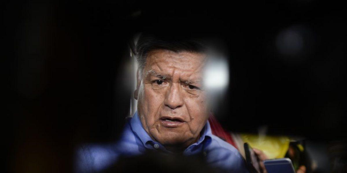 ¿Quién es César Acuña, el candidato a la presidencia del Perú acusado de plagiar su tesis de doctorado?