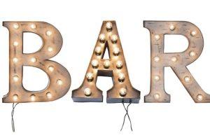 Iluminación Bar. Imagen Por: