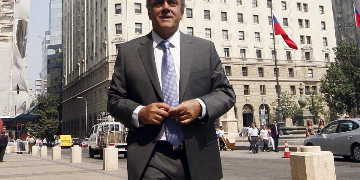 Durante discusión del royalty: los correos electrónicos entre Longueira y ex gerente de SQM