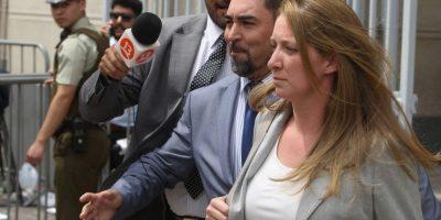 La caótica salida de Natalia Compagnon de tribunal tras formalización