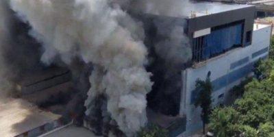 Incendio afecta a instalaciones del Canal 13 de la televisión argentina