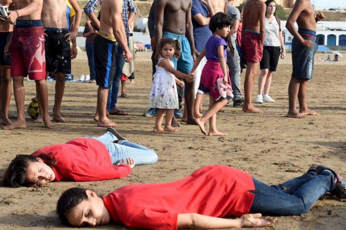 Su muerte causó gran indignación. Gente al rededor del mundo se manifestó de distintas maneras. Foto:AFP. Imagen Por: