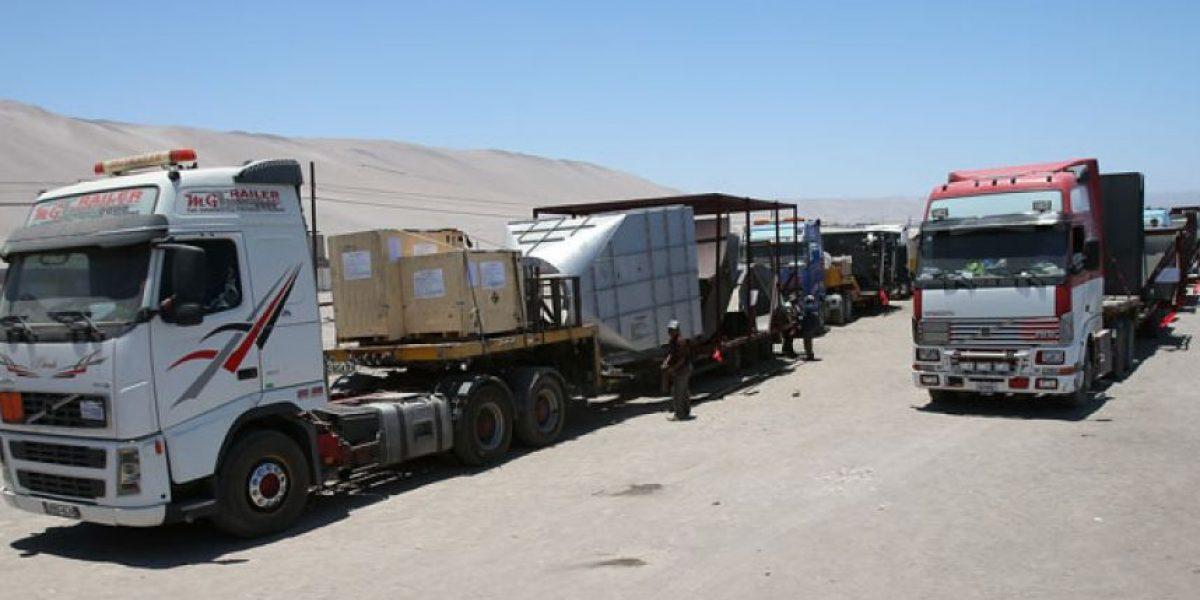 Camioneros bolivianos nuevamente bloquean carreteras en la frontera con Chile y Perú
