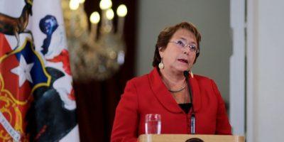 """Chile Vamos: """"Presidenta, no llore tanto y pídale a su hijo que devuelva la plata"""""""