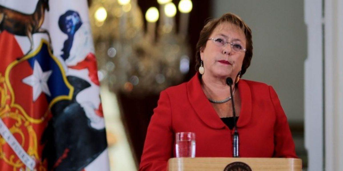 Cadem: 22% siente desilusión y desconfianza hacia Michelle Bachelet