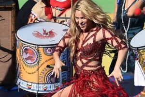 Y sus trajes son los de performance de cualquier estrella pop Foto:vía Getty Images. Imagen Por: