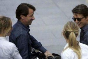 Tom Cruise y Cameron Diaz con sus dobles Kimberly Shannon Murphy y Casey O'Neill Foto:Vía digititles.com. Imagen Por: