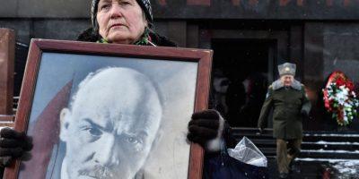 Líder comunista ruso carga contra Putin por criticar a Lenin